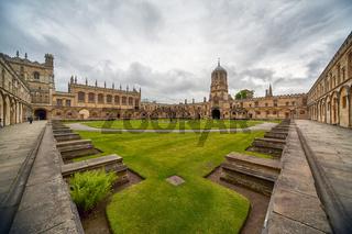 Tom Quad. Oxford University. England
