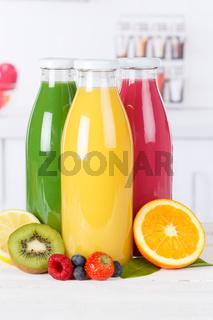 Saft Smoothie Smoothies Flasche Küche Orangensaft Hochformat Fruchtsaft Frucht Früchte