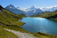 Bachalpsee und den Gipfeln Wetterhorn