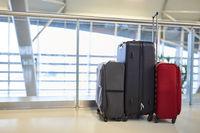 Verschiedene Koffer als Gepäck für die Reise