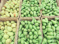 Pears at a market