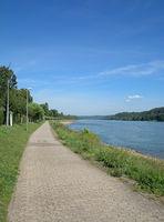 D--Radweg am Mittelrhein.jpg