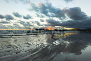 Wolkenstimmung bei Sonnenuntergang, Insel Isabela, Galapagos Inseln, Ecuador