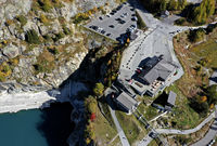 Emosson Panorama-Restaurant und Bergstation der Verticalp Standseilbahn, Finhaut, Wallis, Schweiz