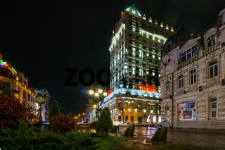 europa placa in batumi at night