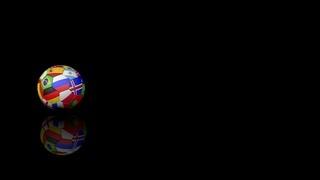Fußball mit Fahnen auf schwarzem Hintergrund