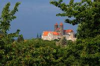 Blick auf das Schloss der Weltkulturerbestadt Quedlinburg