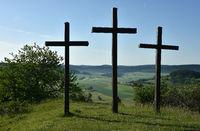 Drei Kreuze auf dem Kornbuehl; Schwaebische Alb;