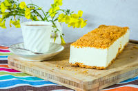 White cheesecake with crumbs