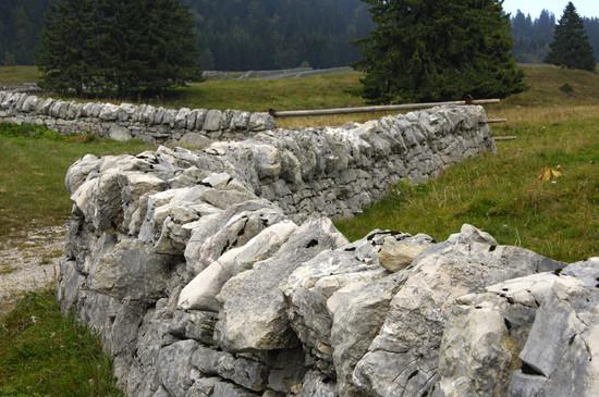 Trockenmauer jura