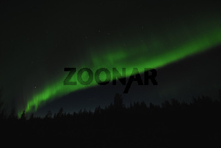 Nordlicht (Aurora borealis) und Grosser Wagen im Sternbild des Grossen Baeren (Ursa maior), Gaellivare, Lappland