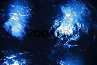Blaues Wasser
