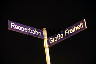 Reeperbahn und Große Freiheit Straßenschilder