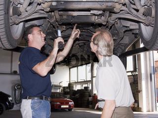 Autoschlosser Kundenberatung