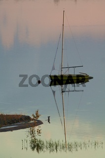 Stille mit Boot