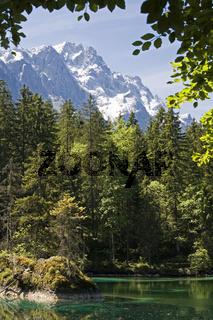Badersee / A little lake near Garmisch