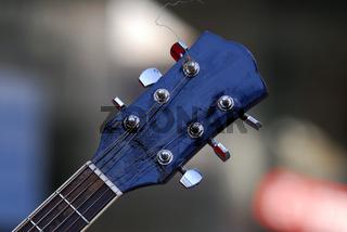 Guitarrenkopf blau