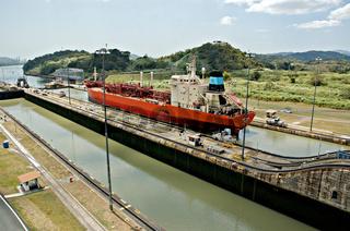 Panamacanal, Miraflores locks