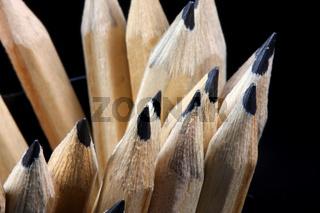 Mit spitzem Stift