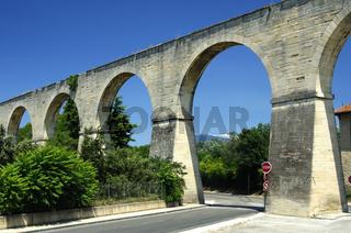 Römisches Aquädukt, Carpentras, Frankrei