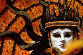 Maske gelb 1