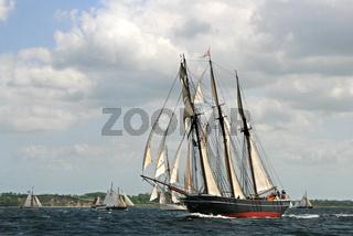 Vollzeug - traditions ship