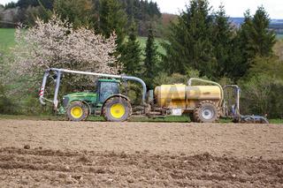 Landwirtschaftliche Düngearbeiten
