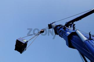 500 t.  mobile crane