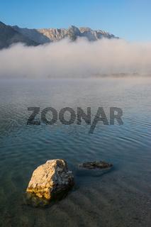 Walchsee mit Kaisergebirge