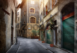 Narrow street of Florence