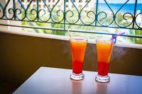 Cocktail auf dem Balkon in Tunesien