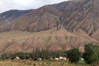 Das Dorf Kyzyl Oi im Kökömeren-Tal, Jumgal Distrikt, Kirgistan