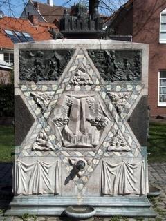 Denkmal fuer 1938 zerstoerte Synagoge in Hildesheim