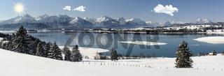 Panorama Winterlandschaft im Allgäu in Bayern bei Füssen