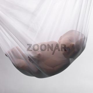 In Tuch hängendes Baby III