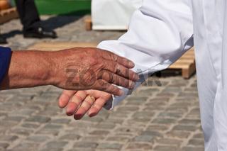 Handschlag bei einer Aktion