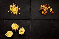 Pasta. Macaroni, Tagliatelle, trottole, tricolore