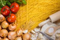 Spaghetti und Zutaten