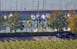 Yachthafen Marina Haltnau am Bodensee bei Meersburg