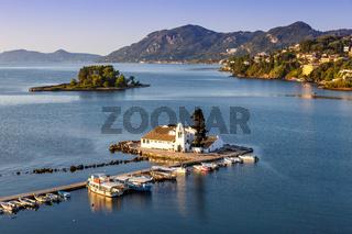 Korfu Corfu Griechenland Vlachernon Vlacherna Kirche Kanoni Insel Reise Meer Boote