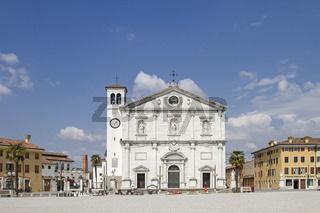 Piazza Grande mit Dom in Palmanova