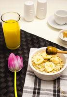 Porridge Oatmeal, Honey and Orange Juice