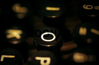 Taste O einer Schreibmaschine
