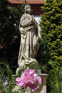 Marienstatue im Kloster Marienthal