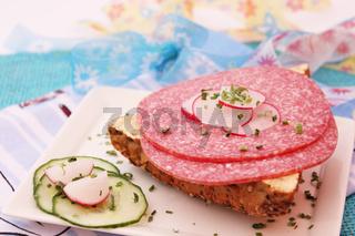 Salamibrötchen