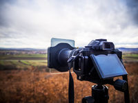 Shooting landscape with mirrorless camera in bad condition