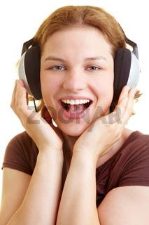 Glückliche Sängerin