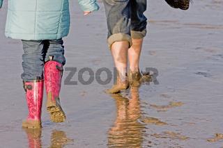 Beine im Nordseewatt