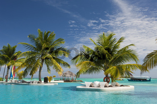 Pool der Malediveninsel Ellaidhoo