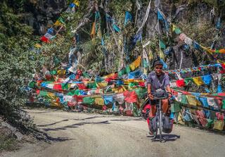 Man cycle touring in Yunnan
